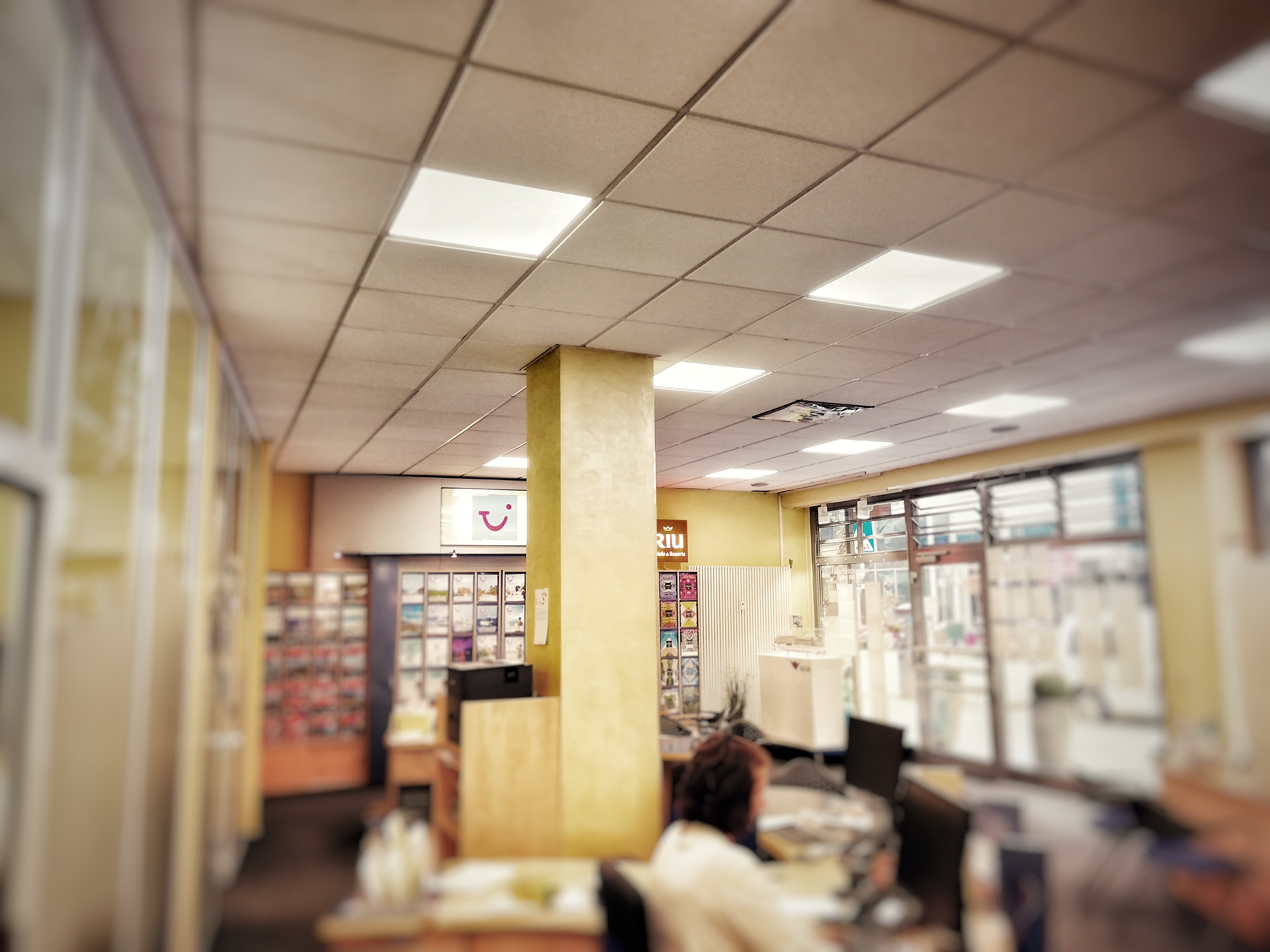lakus-infrared-heating-panels-in-systemplafond