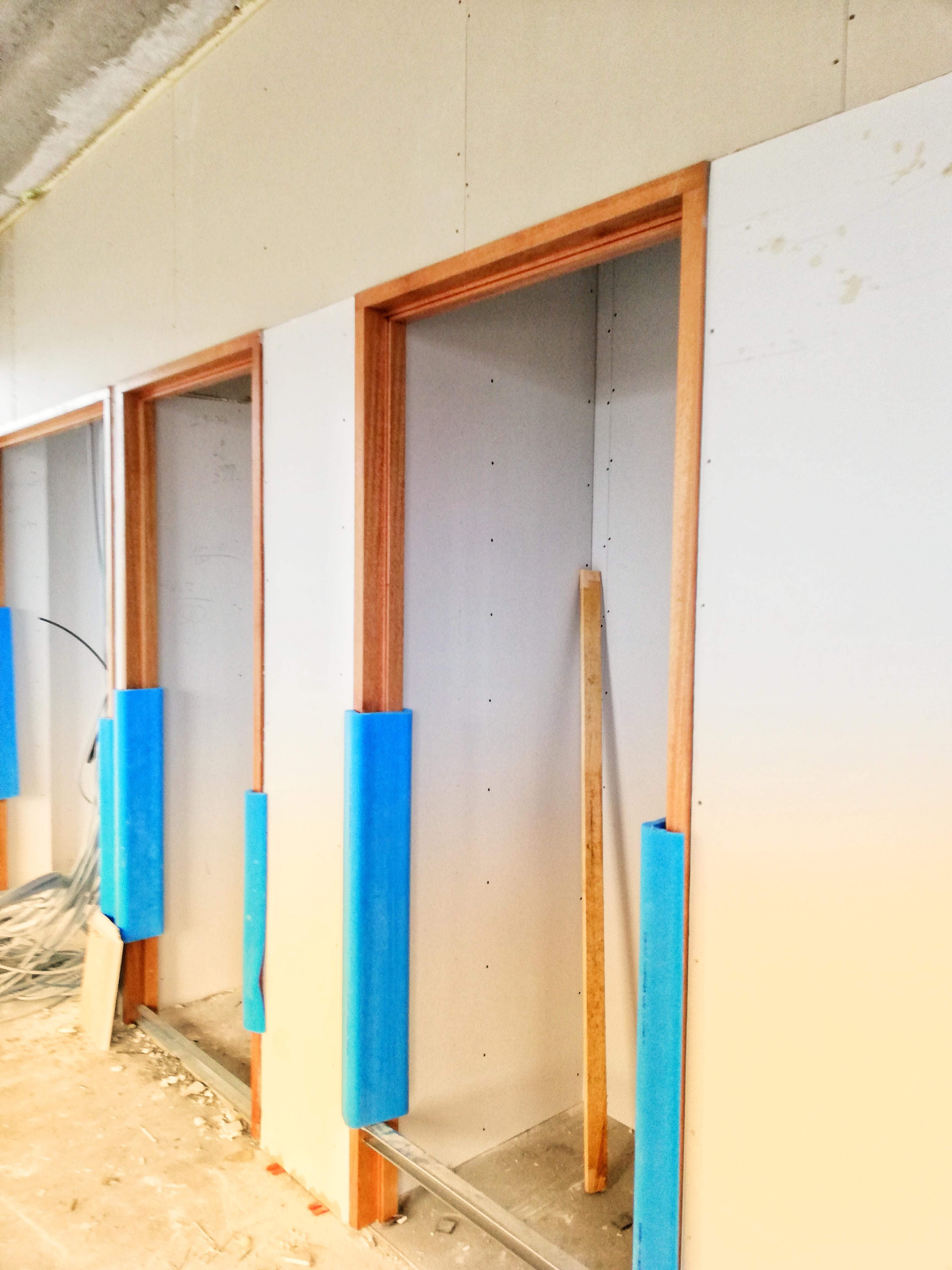 lakus-drywall-doors